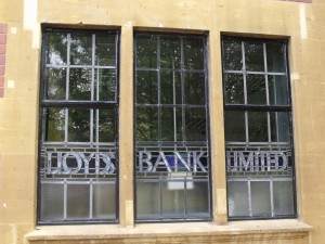Lloyds Bank Limited, Bournville - windows